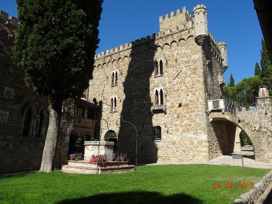 Castello di Monterone: Vue du château médieval