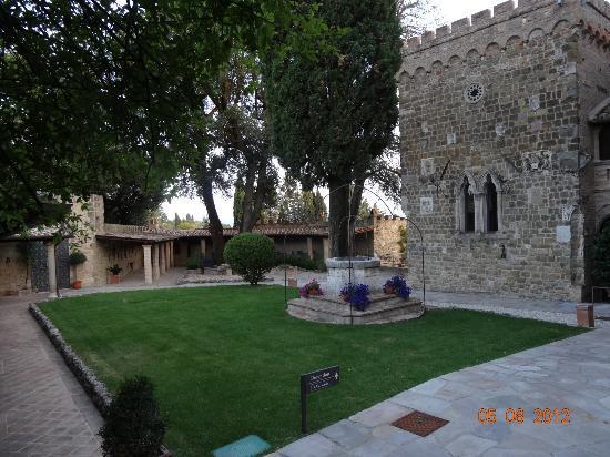 Castello di Monterone: Vue du château