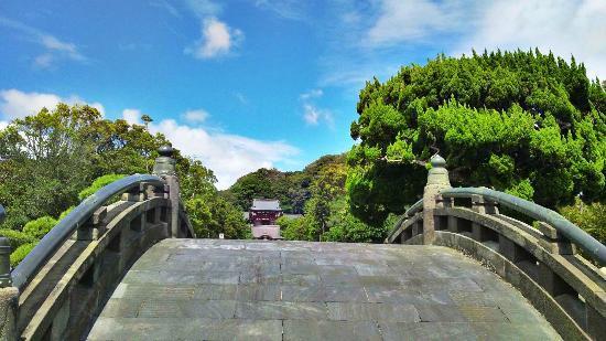 Tsurugaoka Hachimangu Shrine: 太鼓橋