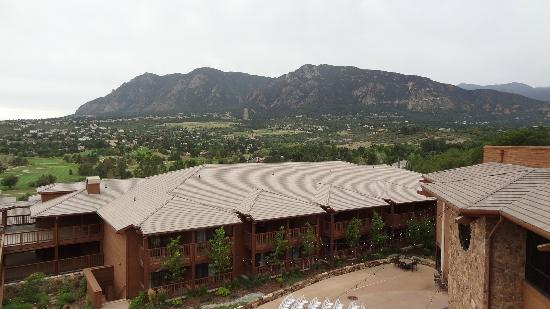 Cheyenne Mountain Resort Colorado Springs, A Dolce Resort: view from upper deck