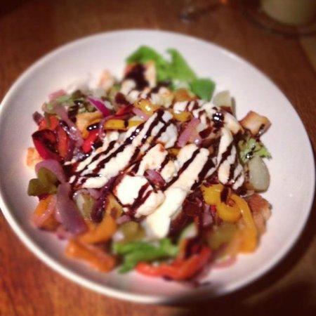 Globe Inn: Grilled halloumi, roasted pepper & red onion salad. Yum