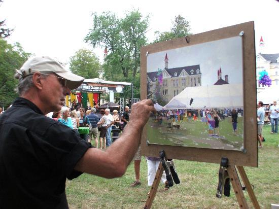 The Village at Grand Traverse Commons: Artist Bill Hosner gets inspired.