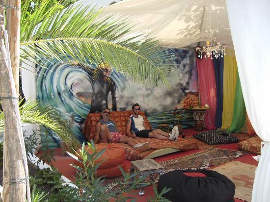 Sunset Point Resort, Sportsbar & Apartmentos: Chillout