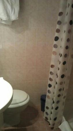 Logis de Bretagne : mini salle de bain