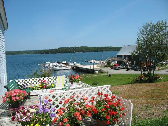 DesBarres Manor Inn: Beautiful Guysborough