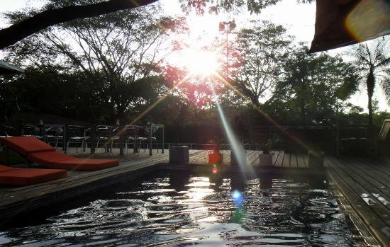 15 love: sunset from the pool