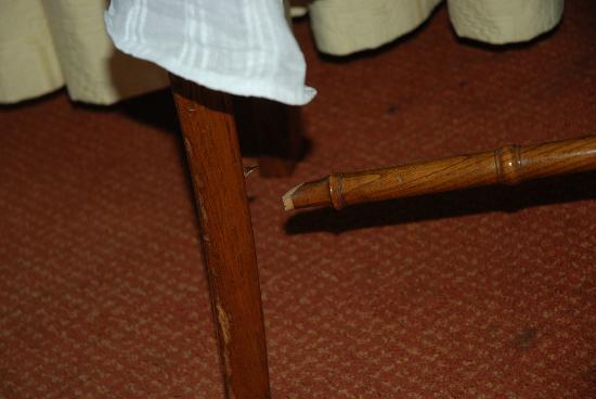 Ibiltze Hotel Lasarte: silla de la habitación