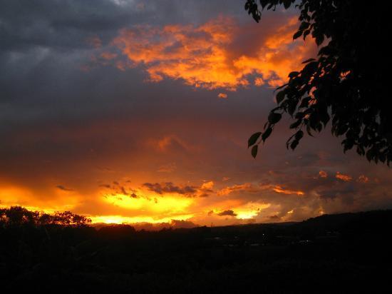 Vista Linda Montaña: Sonnenuntergang