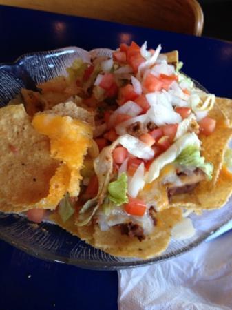 Villager Pub: yummy nachos!