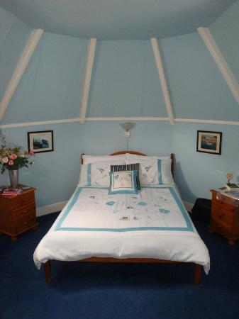 Ashleigh House: The Blue Room
