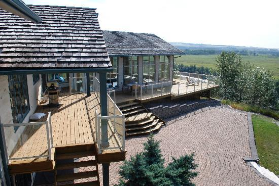 Riverview Bed & Breakfast: View of the deck area
