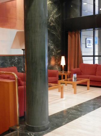 Leonardo Hotel Madrid City Center: Ingresso