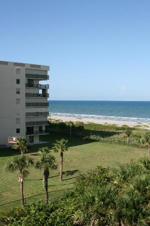 Resort on Cocoa Beach: View North