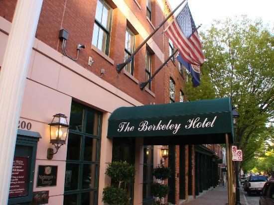 The Berkeley Hotel: very pleasant stay at  Berkeley
