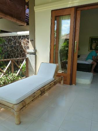 Citra Lestari Cottages: Terrace