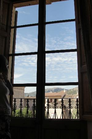 Juma : room with a view