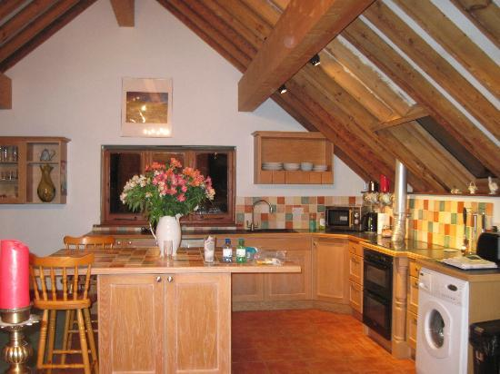 Iken Barns: Looking into the kitchen area