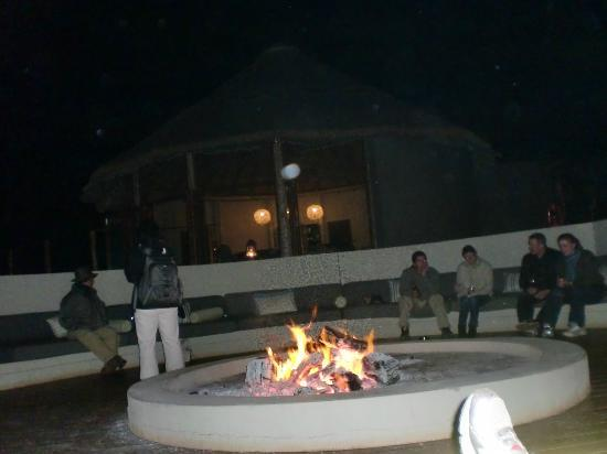 Thanda Safari: Fire