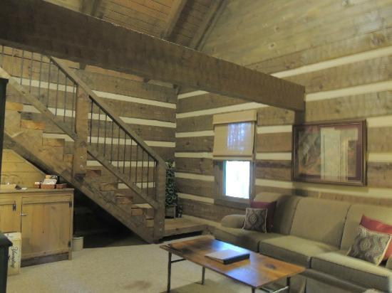 Savage River Lodge: Stairs to loft