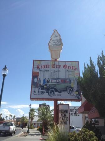 Little City Grille: little city grill, boulder city