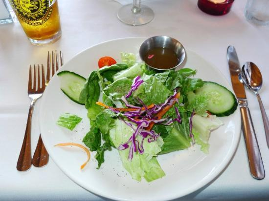 Pepe's Turnagain House: 前菜のサラダ