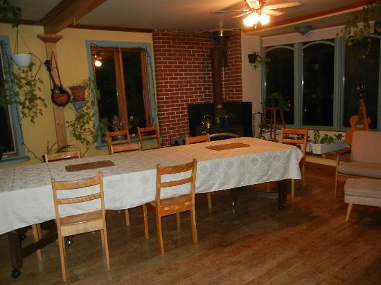 Domaine du Perchoir : salle de déjeuner et séjour