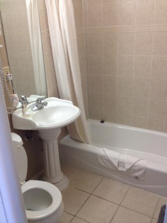 Saharan Motor Hotel: une salle de bain