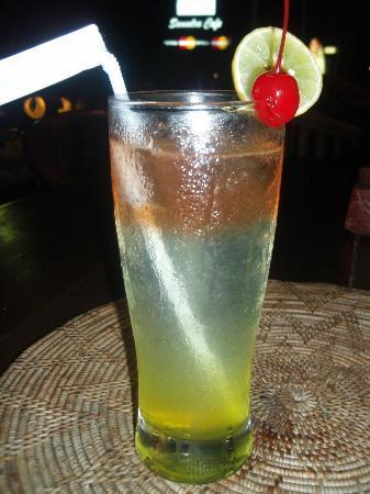 โรงแรมแกรนด์ อิสตาน่า รามา: レストラン