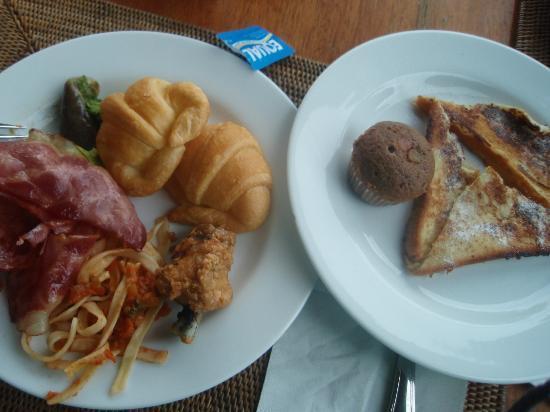 Grand Istana Rama Hotel Bali: モーニングビュッフェ