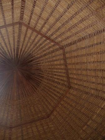 Lullaby Bungalows: Bungalow thatched ceiling