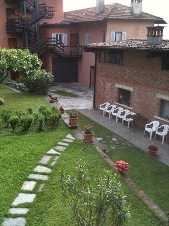 Appartamento amalia picture of appartamenti i giardini di villa melzi bellagio tripadvisor - Giardini di villa melzi ...