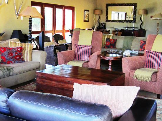 Pilanesberg Private Lodge: Main building