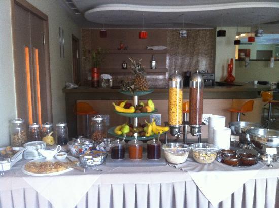Nissaki Beach Hotel Naxos : Πρωινό