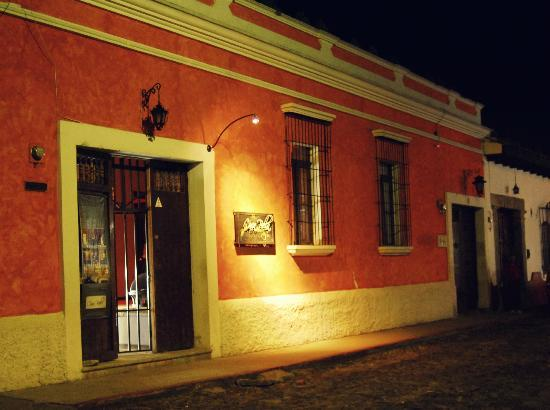 Hotel Casa Bella: Colonial Look