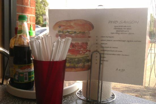 Pho Saigon: Yummy looking sandwich.