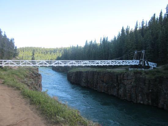 Miles Canyon: The bridge