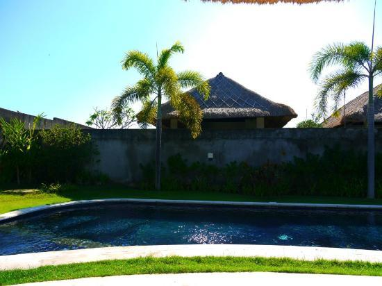 The Alam Villa: Amazing 3 bedroom villa with your very OWN swimming pool
