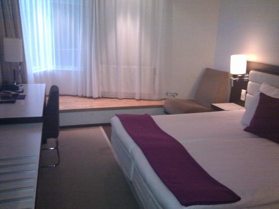 Elite Hotel Marina Tower : room