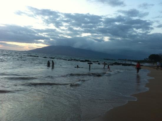 Hale Kamaole: Kamaole III Beach