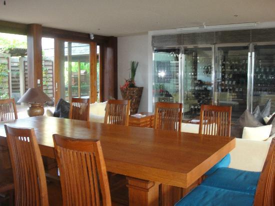 Baan Puri: Dining / Living Area