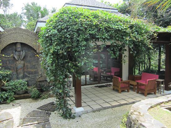 Cintai Corito's Garden: Terrace Villa facade