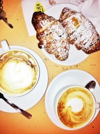 Hotel Riccio : colazione al bar Il Porto