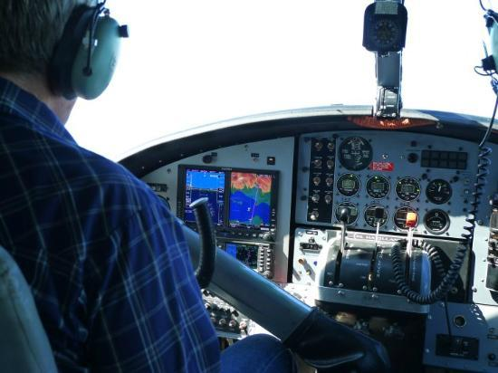 Talon Air Service: 対岸の湖へ