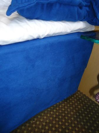 Ascot Hotel: Bettkante