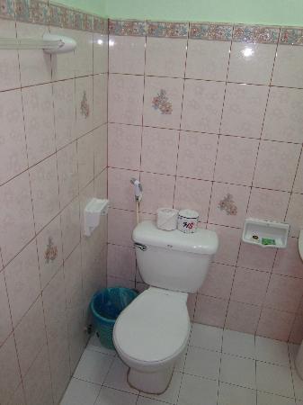 Rama: toilet