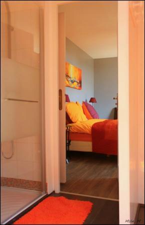 Le Chateau des Lumieres de la Baie de Somme: chambre orange