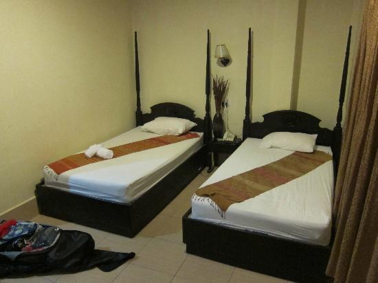 Sengtiane Hotel: hotelroom 1