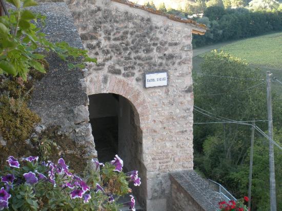 B&B La Terrazza del Castello: Entrata del borgo