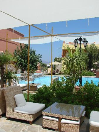 Orpheas Resort: Piscine n°1
