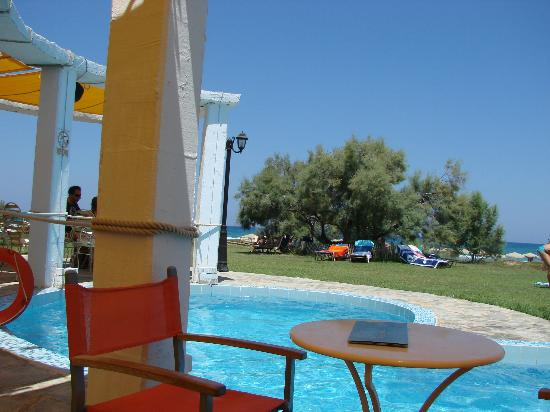 Orpheas Resort: Seconde Piscine + Bar